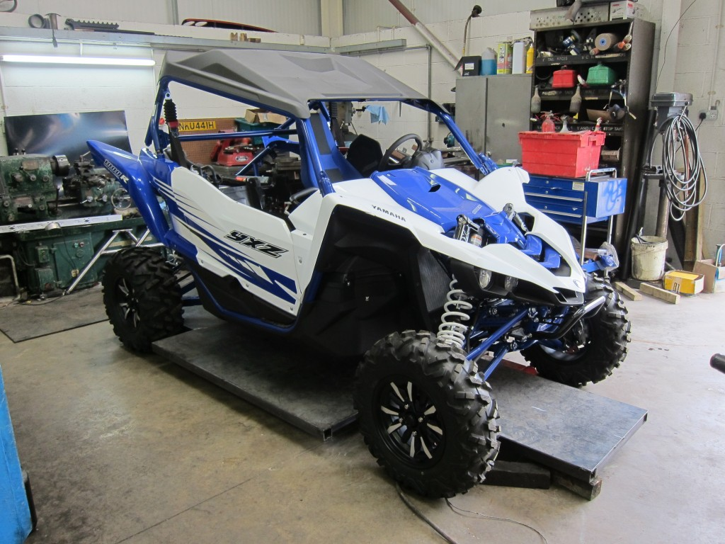 LATEST YAMAHA YXZ1000R RACE CAR BUILD UNDERWAY
