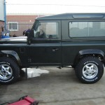 Reconditioned Defender Side Profile